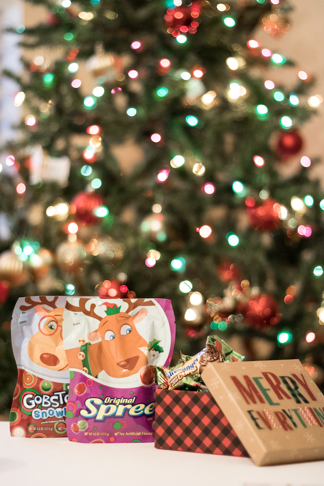 5 Things to Include in your Stocking Stuffers 54