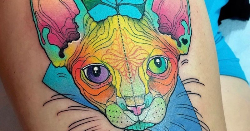 Tattoo Artist Creates Vibrant Animal Tattoos That Pop with Psychedelic Colors 50