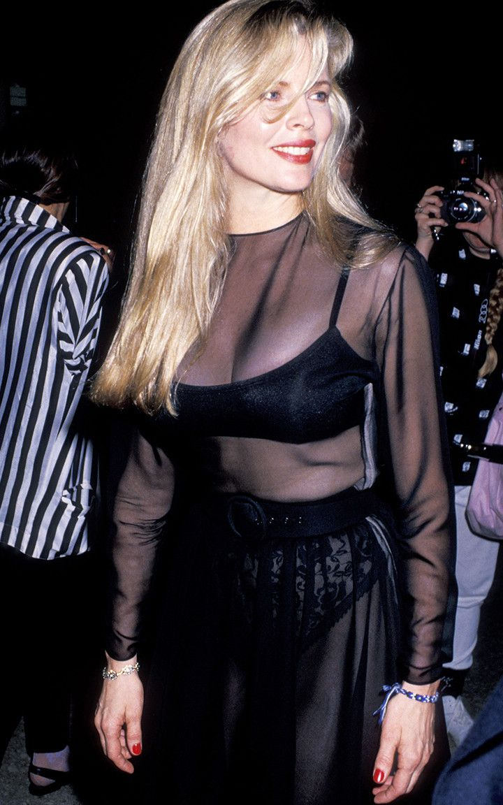 '80s Fashion Is Back, But These Were the Most Iconic Looks at the Time 111