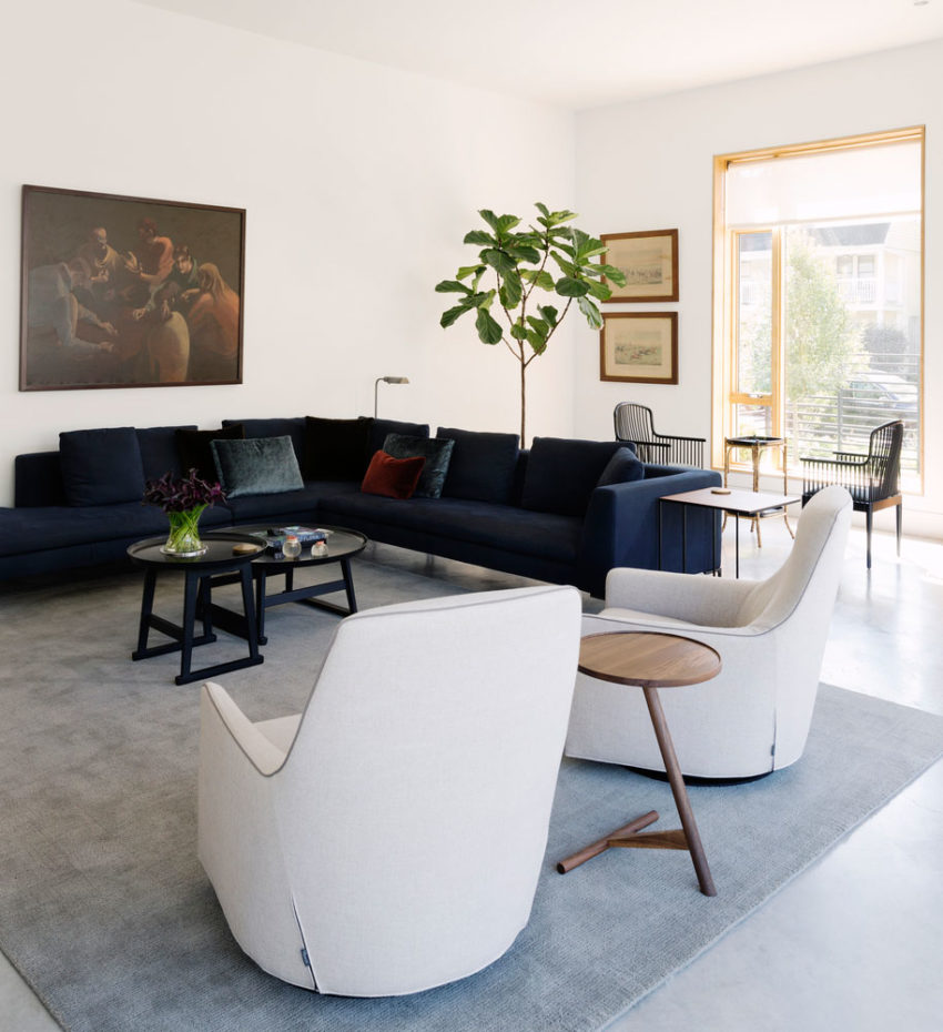 Magnificent Collaborative Work Results in this Modern and Elegant Home 87