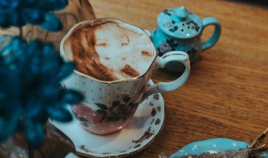 The Tea Terrace 'Selfieccino' – Average Janes