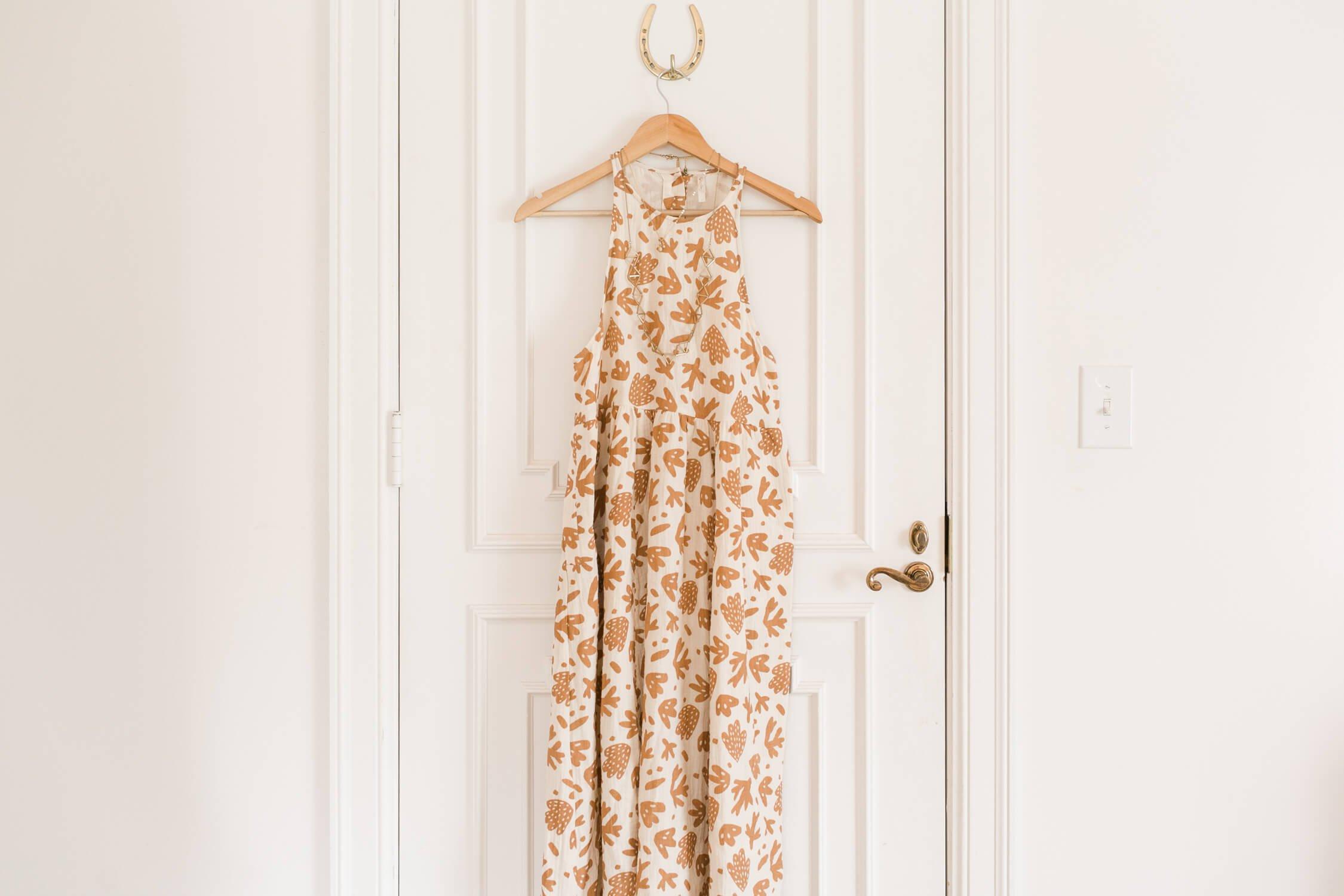 Spring Capsule Wardrobe Ideas – A Beautiful Mess 88