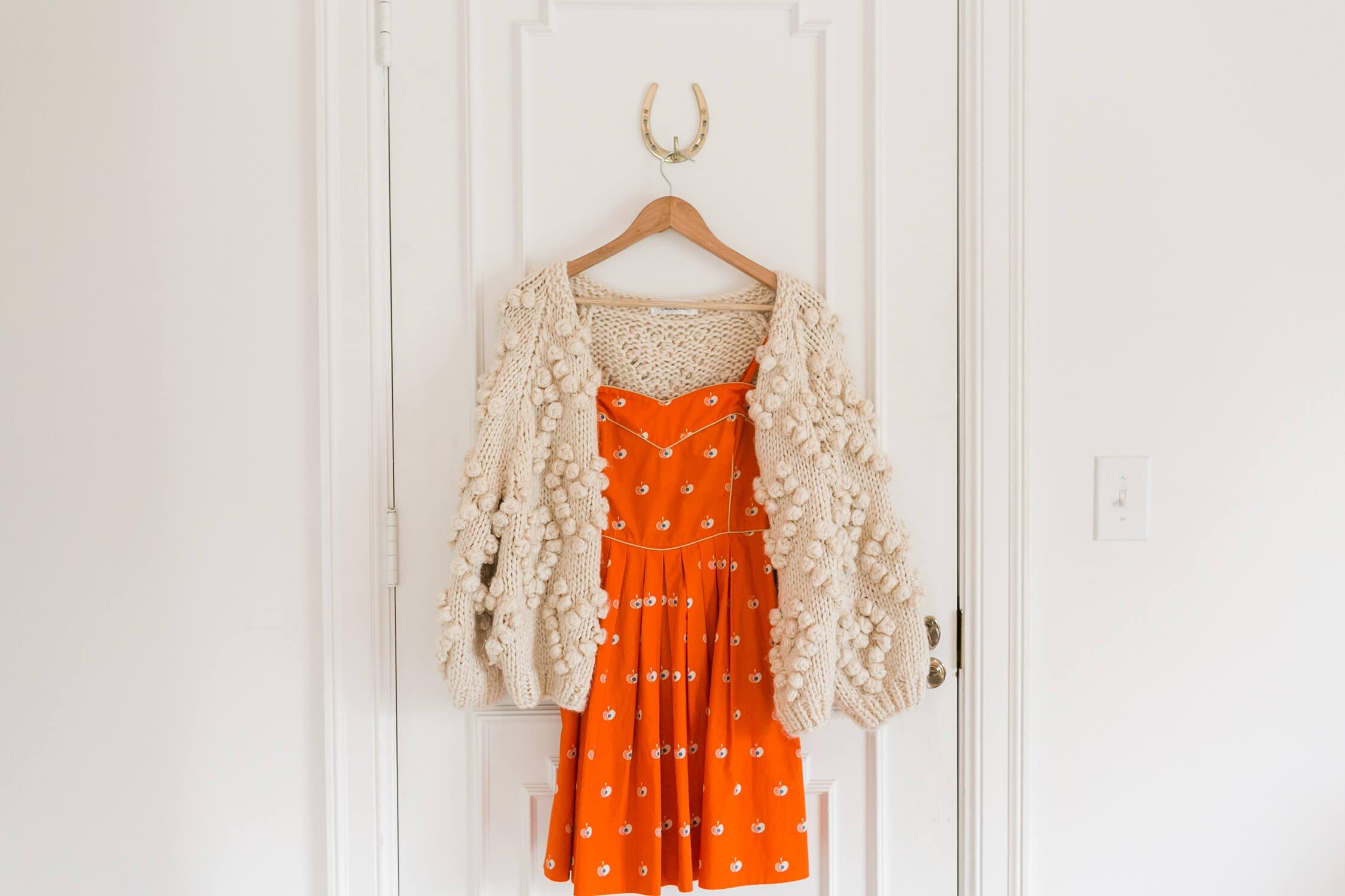 Spring Capsule Wardrobe Ideas – A Beautiful Mess 100