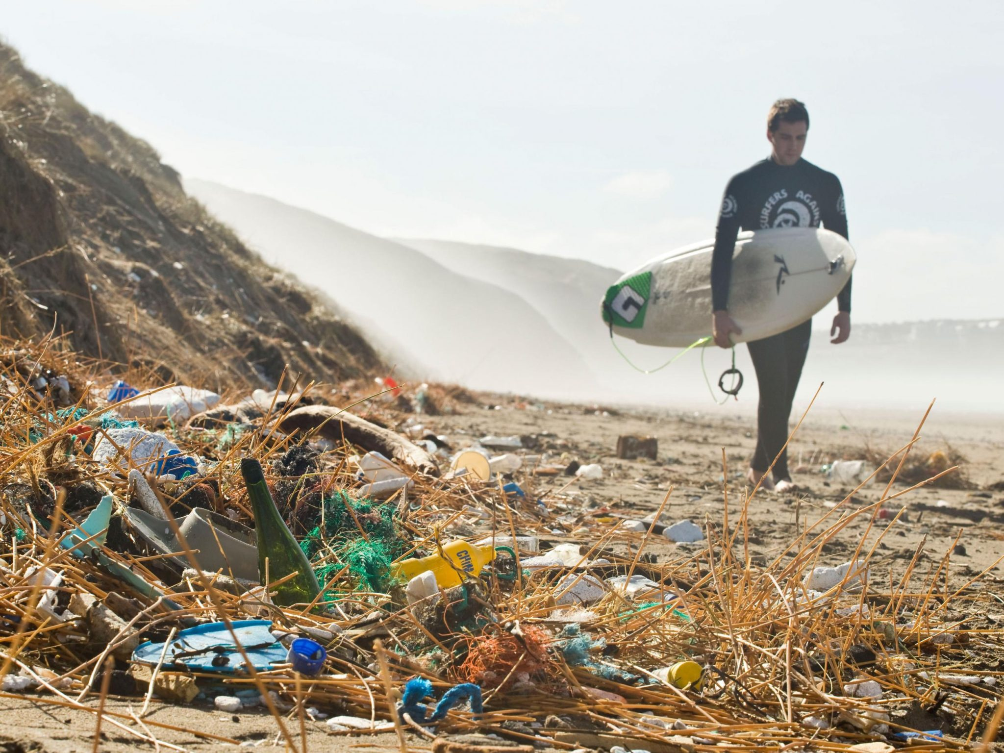 End of global polution? Scientists Accidentally Create Plastic-Eating Enzyme 53