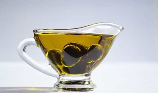 Olive oil can replace the cream! Debunk another myth