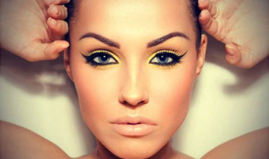 HOW TO DO SIMPLE CAT EYES MAKEUP Perfectly!