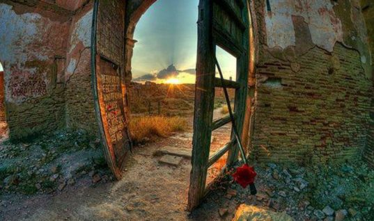 Learn About REAL Places That Could Be PORTALS To Another DIMENSION