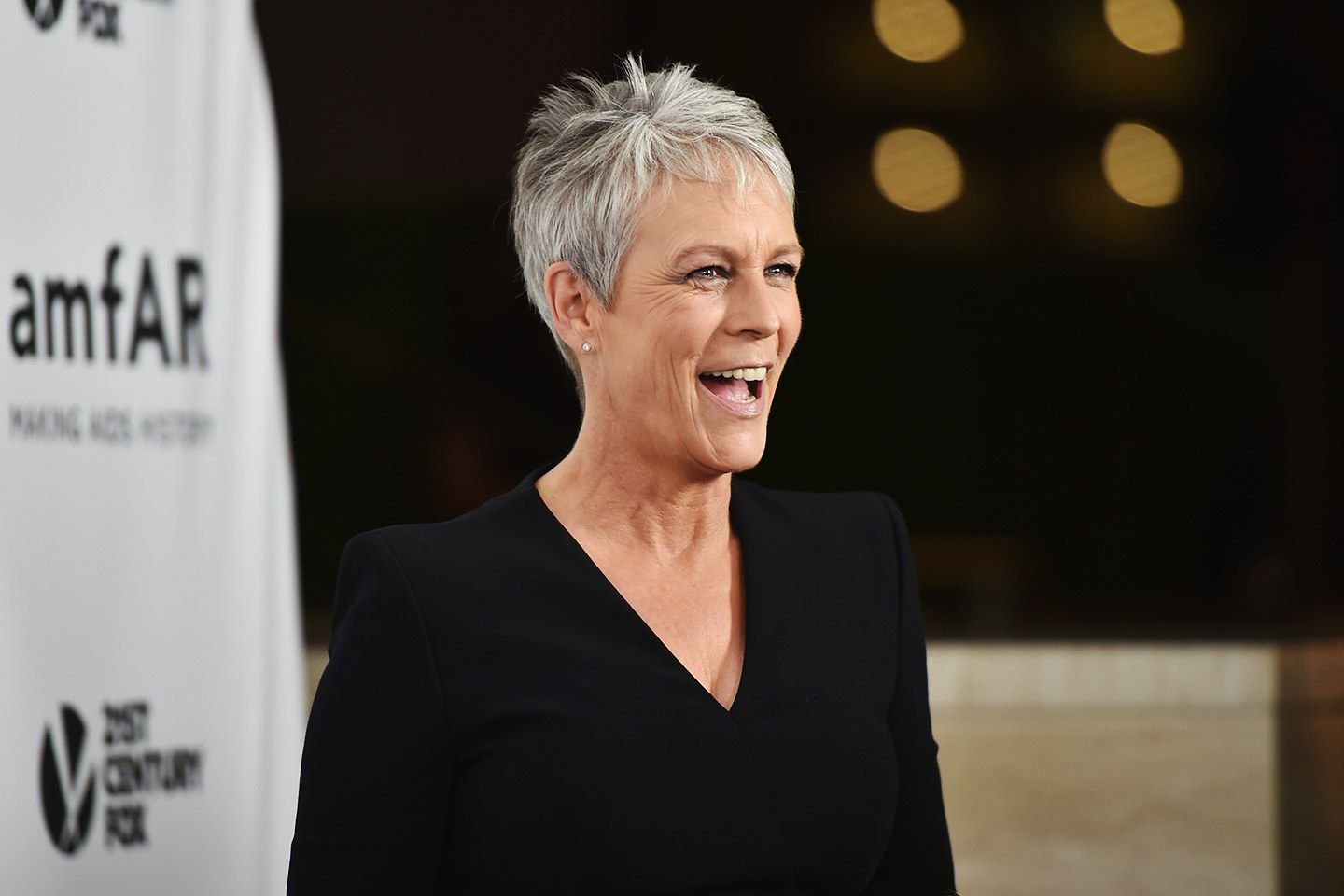Jamie Lee Curtis Thinks Expensive Skincare Is a Scam To Make Money 49