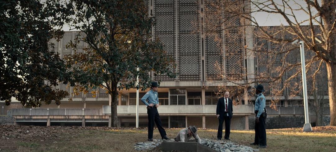 Take a Little Road Trip to Visit Real Stranger Things Filming Locations! 108
