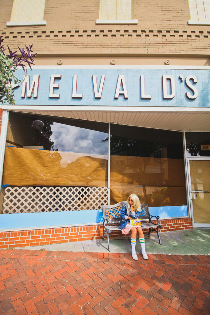 Take a Little Road Trip to Visit Real Stranger Things Filming Locations! 124