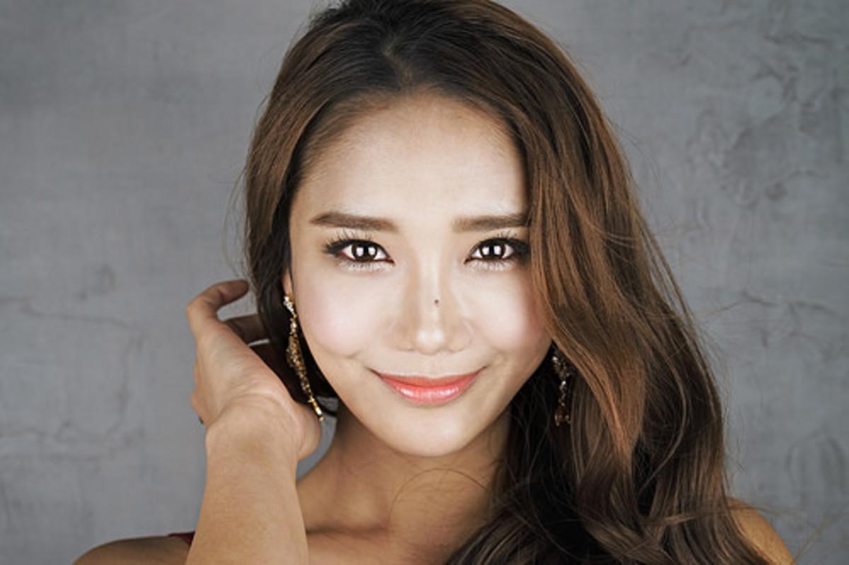 Learn the Biggest Beauty Secrets of Korea's Most Famous Makeup Artist 36