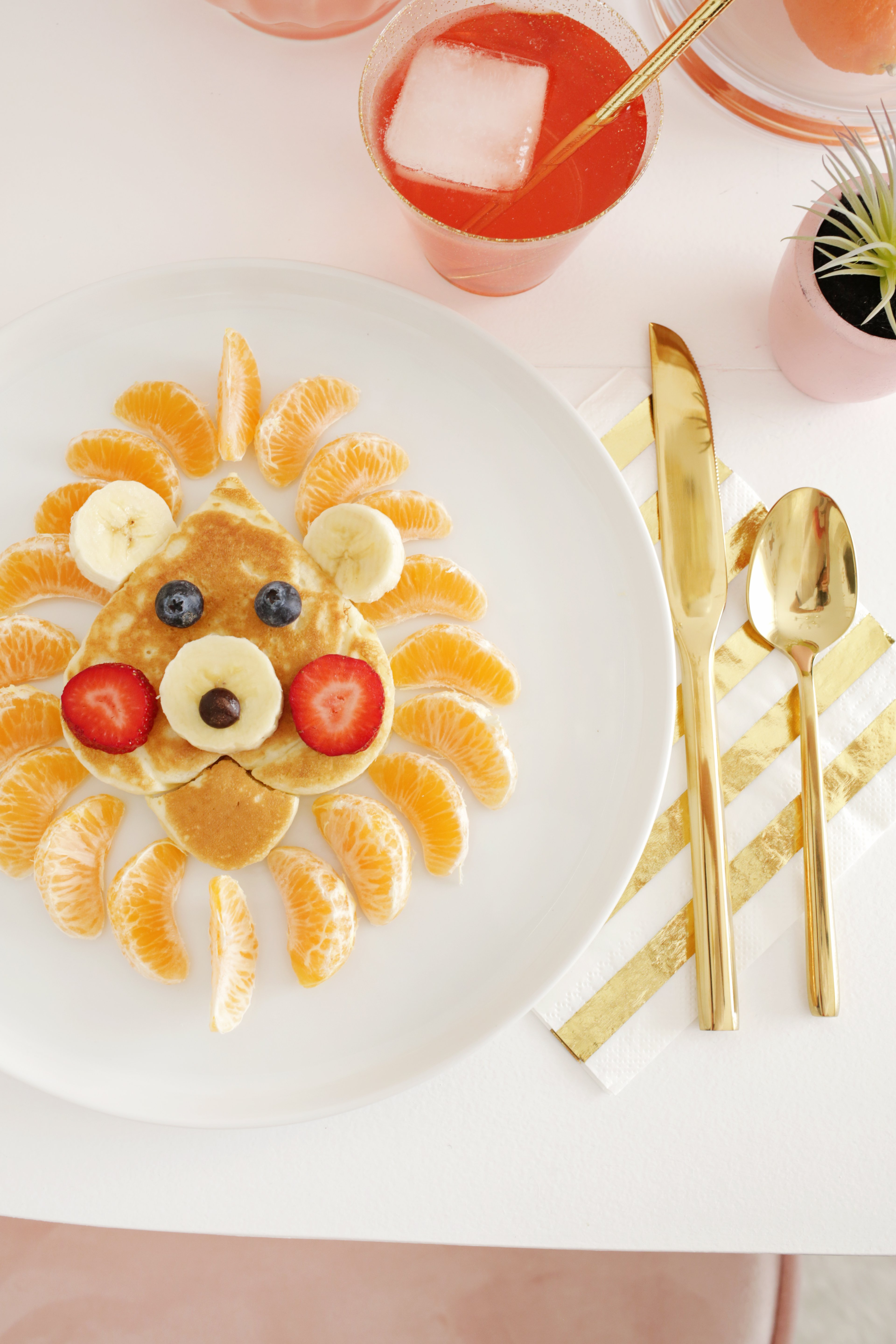 Funny Lion Face Pancake For Kids (Recipe)! 7