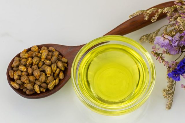 Your Skin Will Say Thank You: 5 reasons to buy grape seed oil 52
