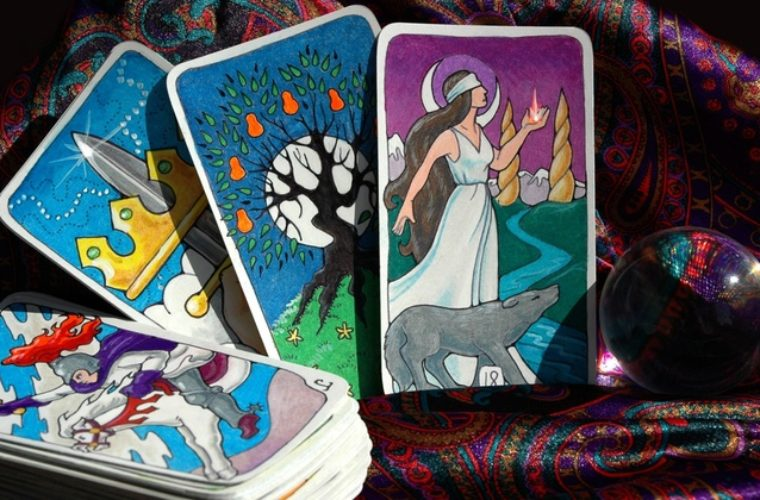 Intuition Test: Choose a Tarot Card and Find Out What Awaits You
