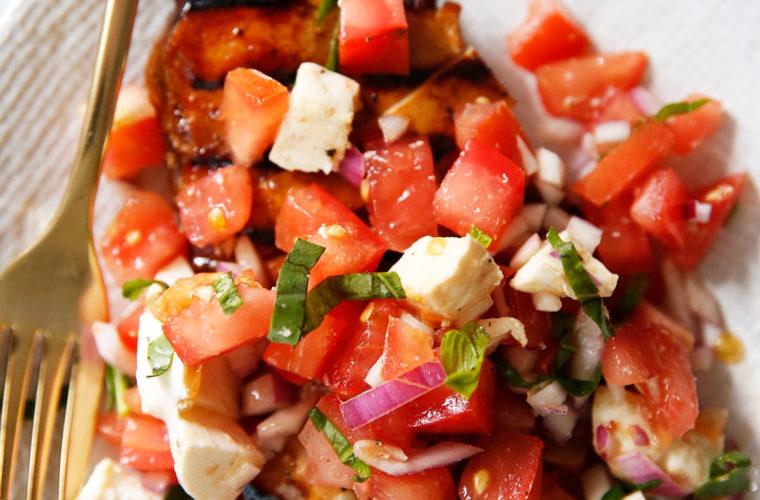 Easy Grilled Bruschetta Chicken Recipe