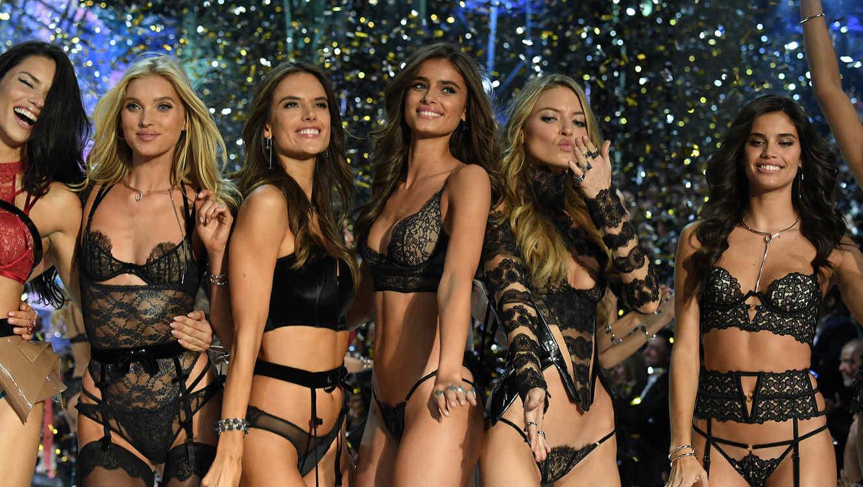 Top 10 Easy Butt Exercises of Victoria's Secret Angels 50