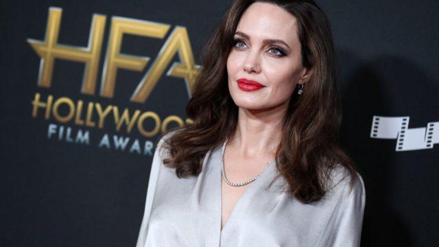 Bi: 10 Famous Women Who Love Both Women and Guys 79
