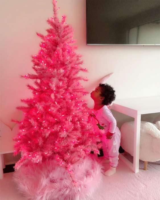 pink christmas tree and daughter Khloe Kardashian