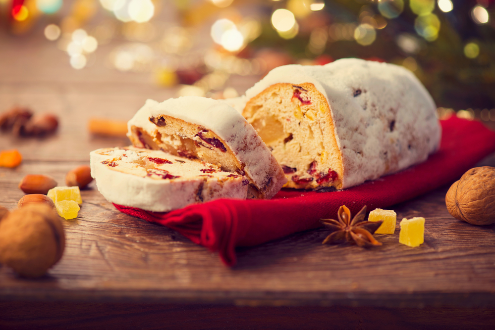 Traditional Christmas And New Year Baking Recipes 36