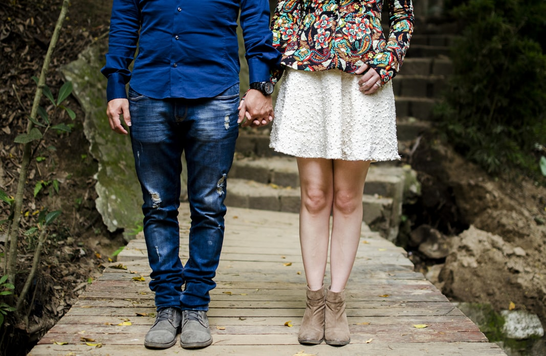 Attractive Theory. How Women and Men Choose Partners. 50