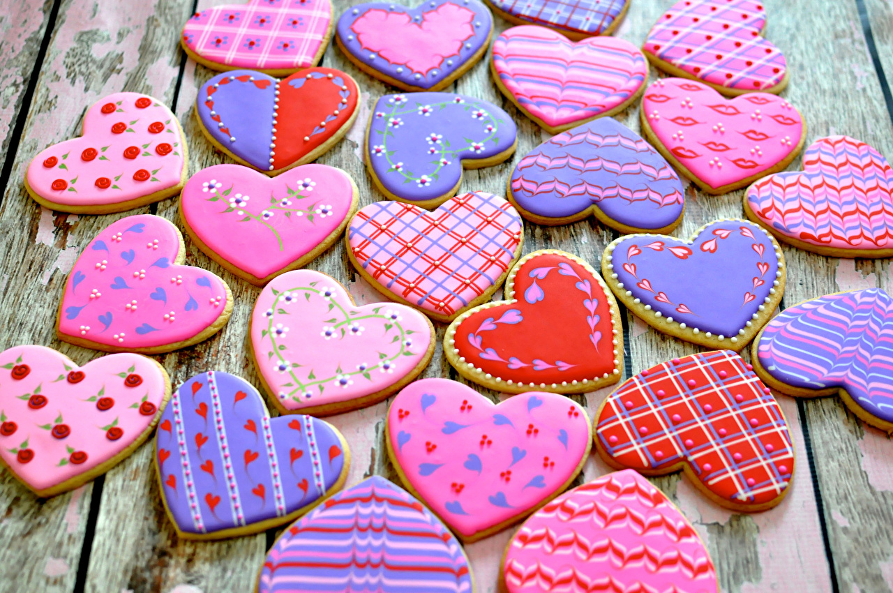 Super Tasty And Easy Recipe For Gingerbread Hearts Cookies on Valentine's Day 36