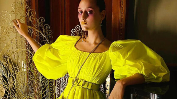 Inspiring Neon, romance and school style - 3 fashion trends Summer 2020 to which we will be Attracted after isolation 20