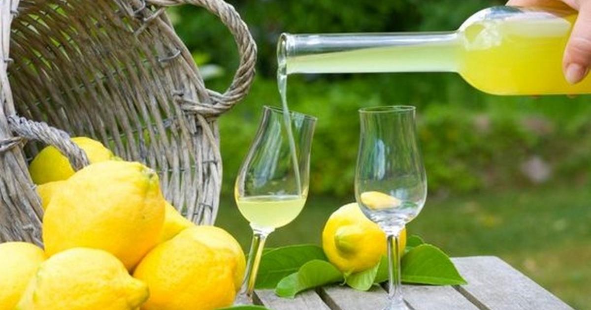 Delicious Homemade Limoncello liqueur recipe 36