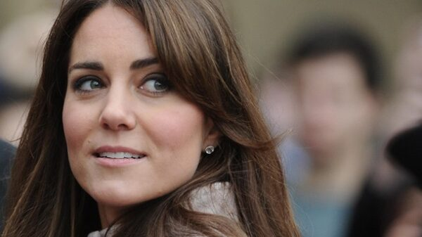Kate Middleton was spotted in a cheap outfit 38