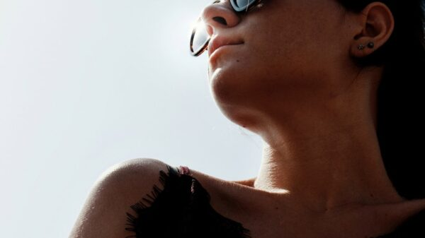 What you need to know about neck skin aging 1