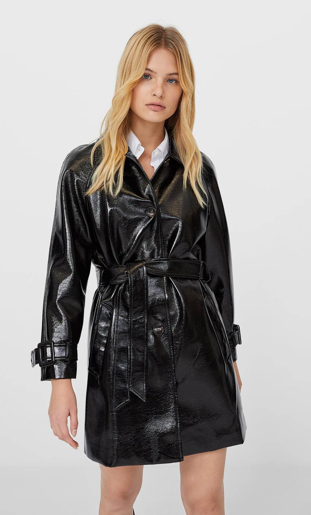 What to wear in the rain? Exciting stylish clothes and accessories for bad weather 39