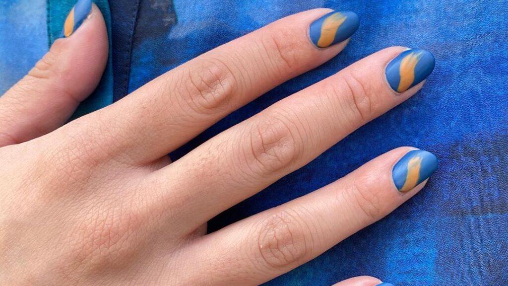 Matte manicure 2020: top 18 beautiful Manicure ideas for autumn 36
