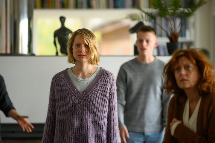 Mia Wasikowska in the movie Blackbird, 2019
