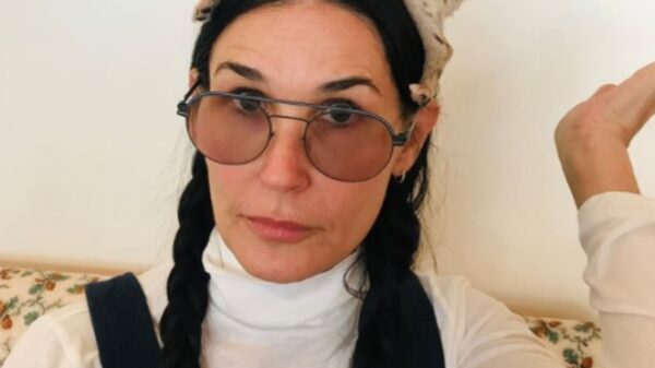 Demi Moore shocked fans with her joker style plastic surgery 25